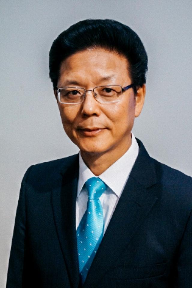 송철웅 목사